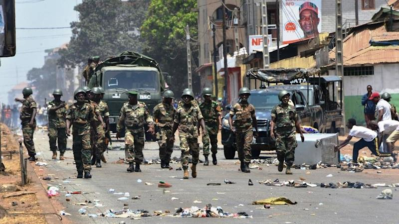 Guinea's controversial referendum marred by violence