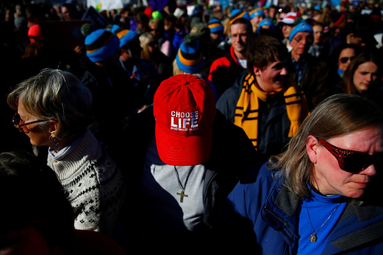 REFILE – CORRECTING DATE   Participants attend the annual March for Life anti-abortion rally in Washington, U.S. January 19, 2018. REUTERS/Eric Thayer