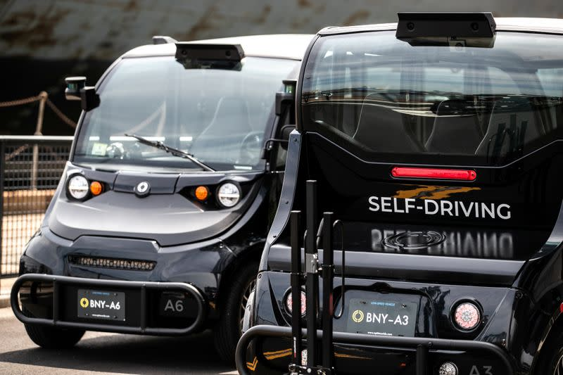 Western, Chinese consumers divided on electric, self-driving cars -survey