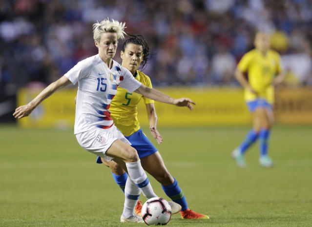 """U.S. forward <a class=""""link rapid-noclick-resp"""" href=""""/olympics/rio-2016/a/1124356/"""" data-ylk=""""slk:Megan Rapinoe"""">Megan Rapinoe</a> helped her team win gold at the 2012 Olympics and the 2015 Women's World Cup. (AP Photo/Annie Rice)"""