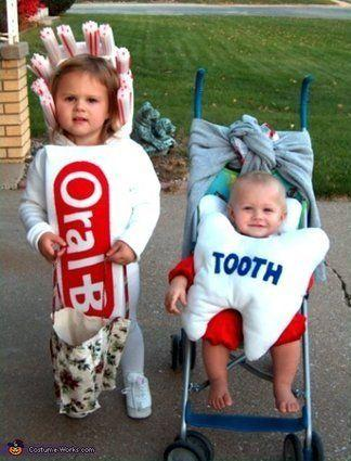 """Vía <a href=""""http://www.costume-works.com/toothbrush_n_baby-tooth.html"""" target=""""_blank"""">Costume-Works.com</a>"""