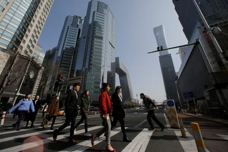 Asian firms' sentiment bounces from low but recession fears grow - Thomson Reuters/INSEAD