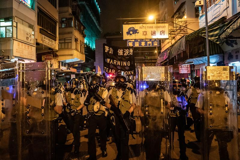 Hong Kong Faces New Threat as Chinese Companies Reconsider IPOs
