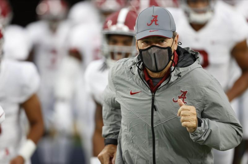 Alabama coach Saban tests negative in COVID-19 follow-up