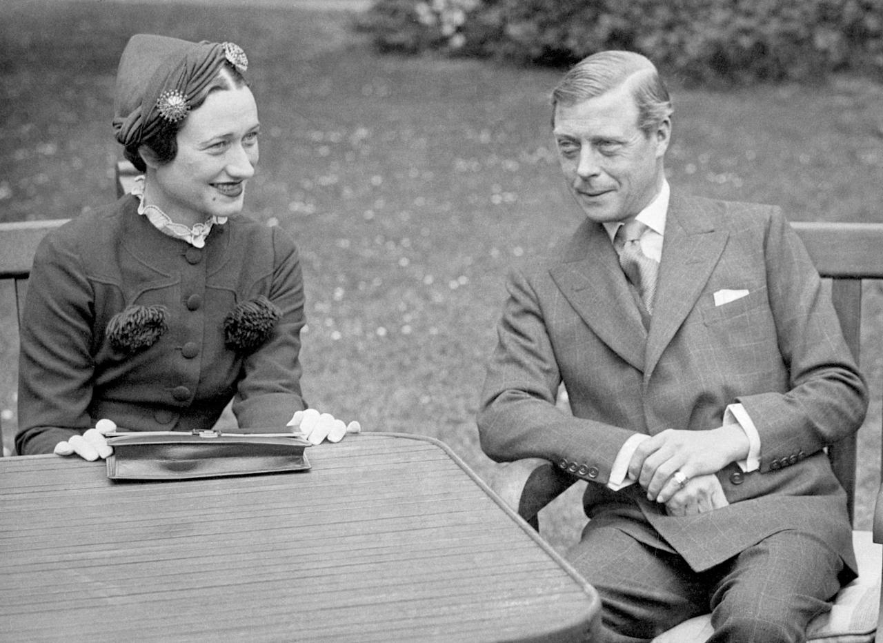 """<p>As the oldest son of King George V, Edward VIII became king following his father's death in 1936. However, only a few months into his reign, the new king proposed to Wallis Simpson, an <a href=""""https://www.popsugar.com/celebrity/Who-Wallis-Simpson-44304651"""" target=""""_blank"""" class=""""ga-track"""" data-ga-category=""""Related"""" data-ga-label=""""http://www.popsugar.com/celebrity/Who-Wallis-Simpson-44304651"""" data-ga-action=""""In-Line Links"""">American socialite and divorcée</a>, and <a href=""""http://www.popsugar.com/celebrity/photo-gallery/44306007/image/44311338/Wallis-Simpson"""" target=""""_blank"""" class=""""ga-track"""" data-ga-category=""""Related"""" data-ga-label=""""http://www.popsugar.com/celebrity/photo-gallery/44306007/image/44311338/Wallis-Simpson"""" data-ga-action=""""In-Line Links"""">he made the decision to abdicate the throne</a>. He was succeeded by his younger brother, George VI, who is Queen Elizabeth II's father. With a reign of only 326 days, Edward VIII is one of the shortest-reigning monarchs in British history.</p>"""