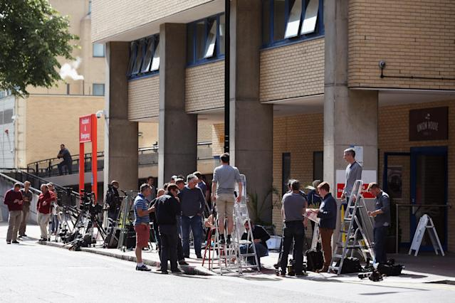 LONDON, ENGLAND - JULY 01: Members of the press set up outside the The Lindo Wing of St Mary's Hospital as the UK prepares for the birth of the first child of The Duke and Duchess of Cambridge, on July 1, 2013 in London, England. (Photo by Oli Scarff/Getty Images)