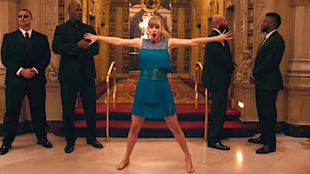 Taylor Swift Dances When No One Can See Her In New 'Delicate' Video