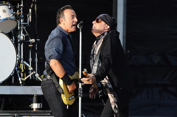 Steven Van Zandt 'Honored' By E Street Band's Hall of Fame Induction