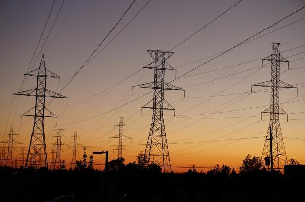 3 Dividend-Yielding Utility Stocks to Buy in 2018