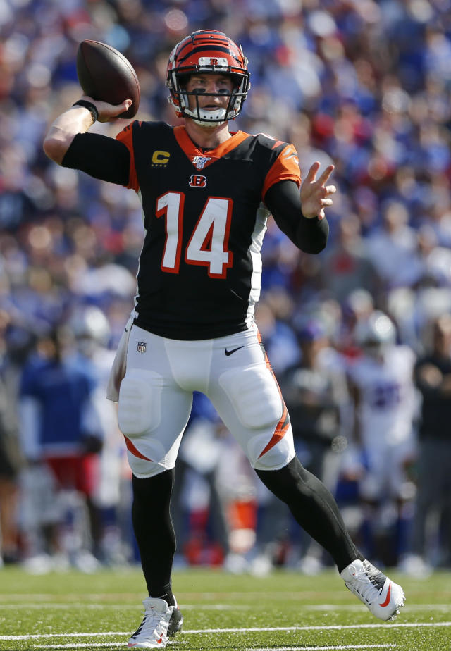 Cincinnati Bengals quarterback Andy Dalton (14) throws a pass for a touchdown to Joe Mixon during the second half of an NFL football game against the Buffalo Bills, Sunday, Sept. 22, 2019, in Orchard Park, N.Y. (AP Photo/John Munson)