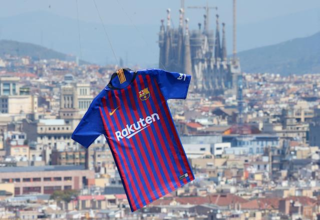 Soccer Football - FC Barcelona unveil the new jersey for the season 2018-2019 - Barcelona, Spain - May 19, 2018 The new FC Barcelona jersey is unveiled over the city of Barcelona REUTERS/Albert Gea