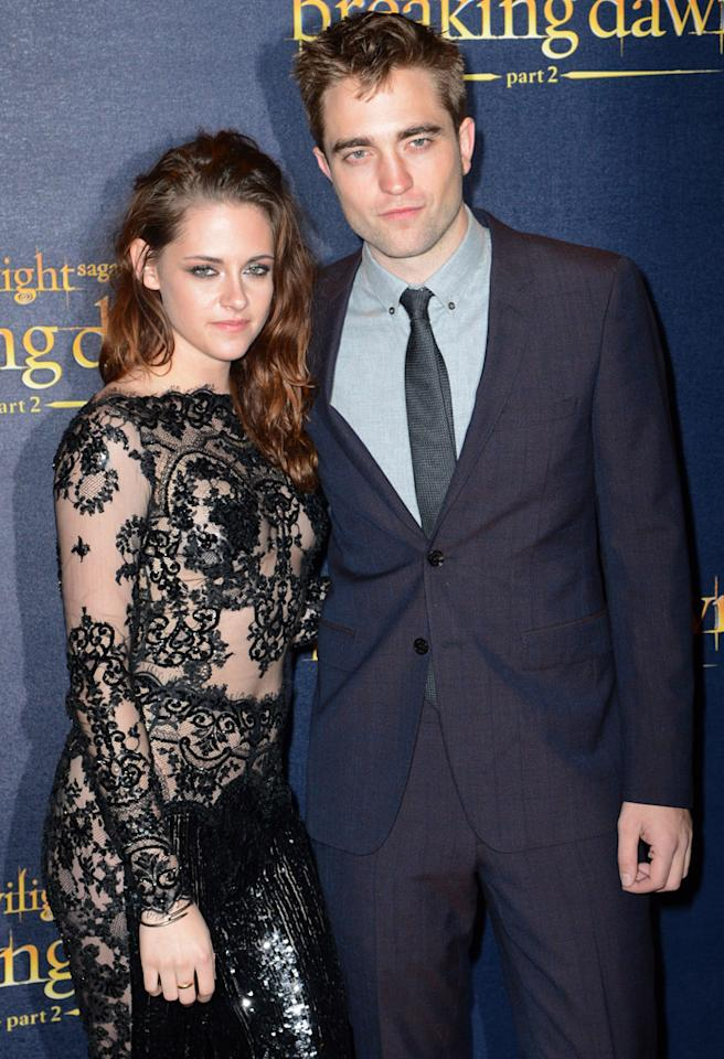 LONDON, ENGLAND - NOVEMBER 14:  Kristin Stewart and Robert Pattinson attend the UK Premiere of 'The Twilight Saga: Breaking Dawn - Part 2' at Odeon Leicester Square on November 14, 2012 in London, England.  (Photo by Dave J Hogan/Getty Images)
