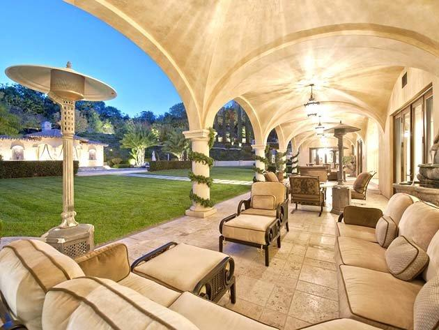 This really sells the back yard. Good place to hang out and count money.