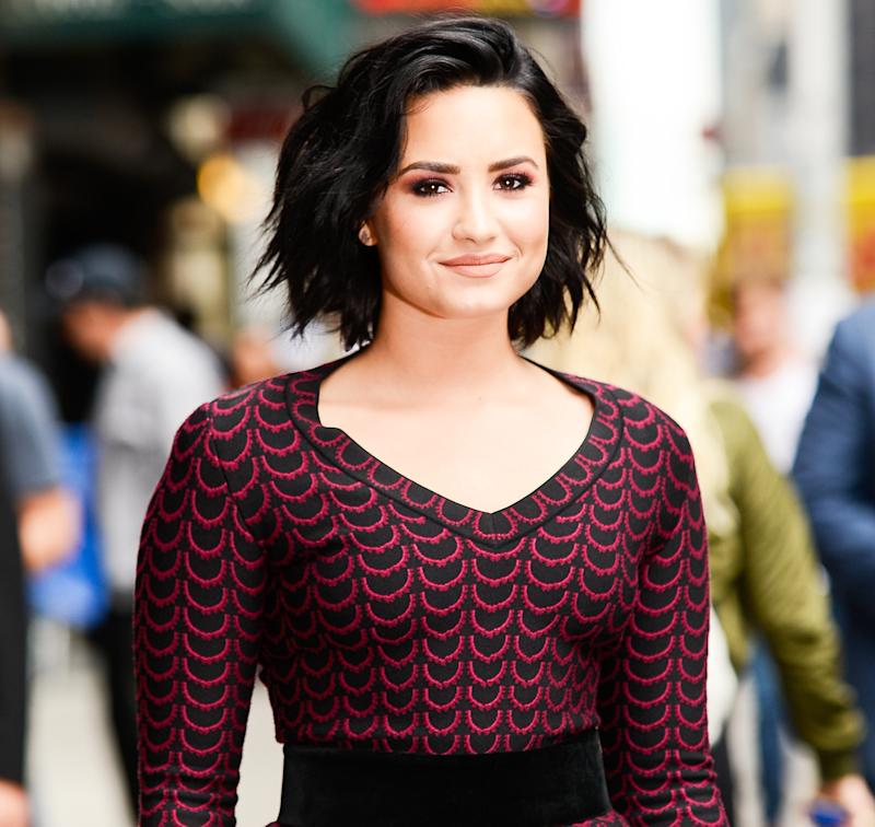 Demi Lovato Is Hooking Up With MMA Fighter Guilherme 'Bomba' Vasconcelos