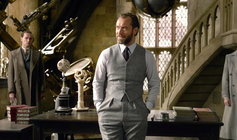 Jude Law as Albus Dumbledore (Credit: Warner Bros)