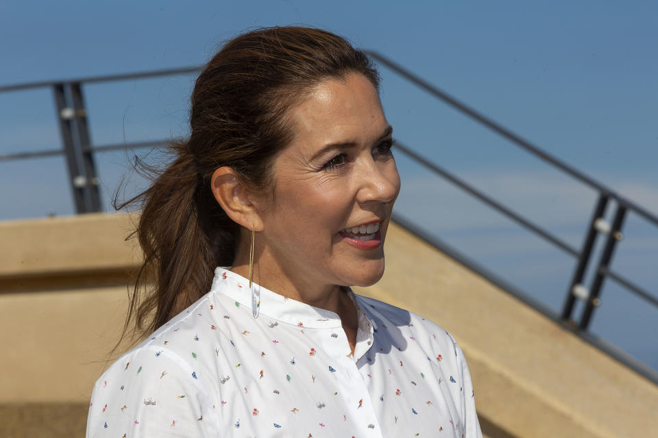 GRENAA, DENMARK - AUGUST 19: Crown Princess Mary of Denmark seen at a press briefing at Grenaa sea aquarium, Kattegatcentret,after she as newly appointed President for the World Wildlife Foundation (WWF)  took part in releasing 50 Sea Rays to the sea on August 19, 2020 in Grenaa, Denmark. The Sea Rays are an extinction threatened species and this action marks a long partnership between H&M and the WWF with the purpose of recreating life in Danish waters. The Crown Princess was elected as President for WWF in Denmark in June this year, thus taking over this position from her father in law, the late Prince Henrik.  The project with the Sea Ray´s has been supported by Hennes & Maurits, H & M). (Photo by Ole Jensen/Getty Images)