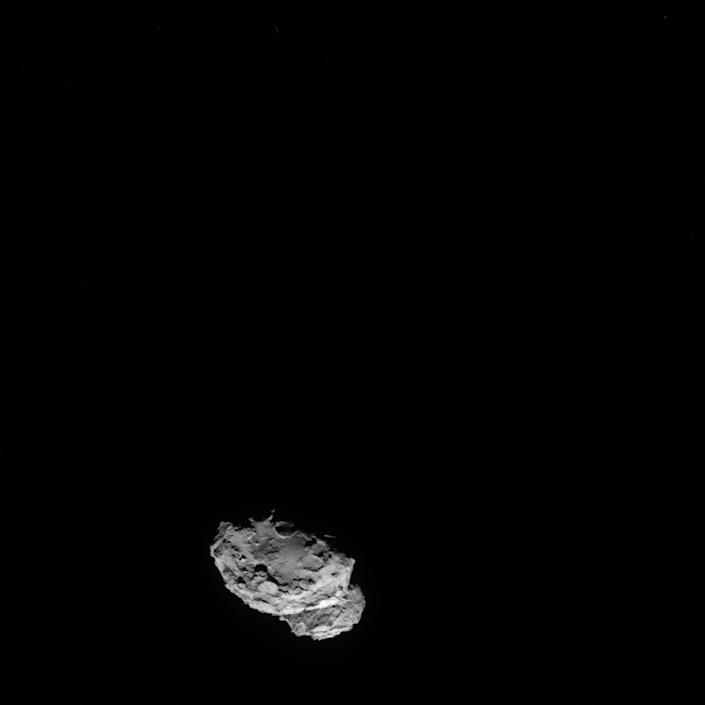 A picture taken on August 4, 2014 by the navigation camera (NAVCAM) onboard ESA's space probe Rosetta shows Comet 67P/Churyumov-Gerasimenko from a distance of 234 km (AFP Photo/)