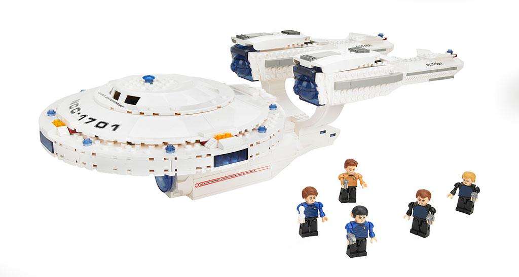 "KRE-O ""Star Trek"" U.S.S. Enterprise Building Set"