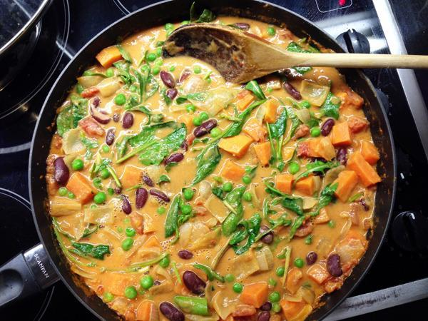 """<p>This colourful vegan <a href=""""http://vegangela.com/2013/09/20/african-peanut-and-sweet-potato-stew/"""" rel=""""nofollow noopener"""" target=""""_blank"""" data-ylk=""""slk:recipe"""" class=""""link rapid-noclick-resp"""">recipe</a> puts black beans and sweet potato centre stage with oodles of garlic and punchy ginger. Perfect for a gloomy winter's night.</p><p><i>[Photo: Vegangela]</i></p>"""