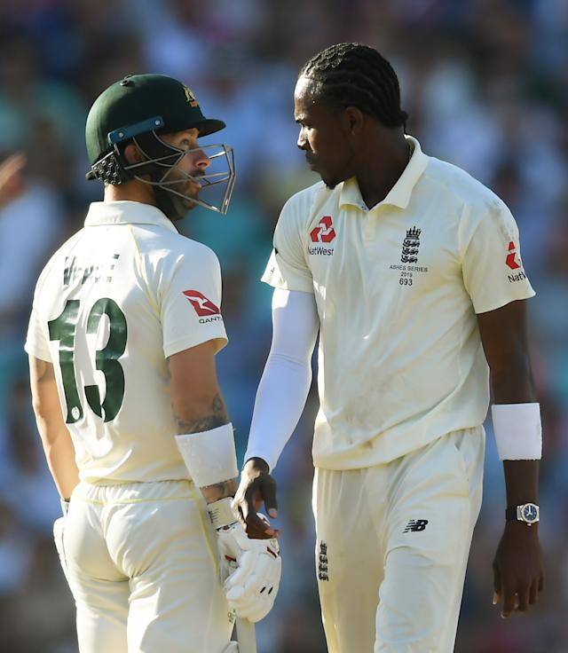 Jofra Archer and Matthew Wade square up (Photo by Alex Davidson/Getty Images)