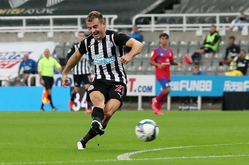 Newcastle's Bruce pleased with Fraser after winger scores on debut
