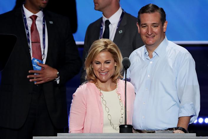 Heidi Cruz, pictured with Ted Cruz in 2016, tried to organize an extravagant trip with friends to Cancun, according to The New York Times. (Photo: Alex Wong via Getty Images)