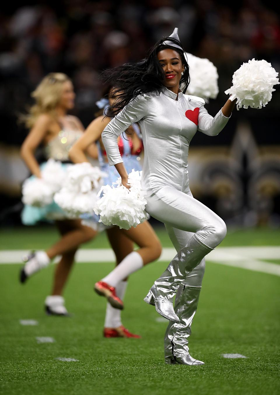 <p>A New Orleans Saints cheerleader performs during a game against the Chicago Bears at the Mercedes-Benz Superdome on October 29, 2017 in New Orleans, Louisiana. (Photo by Chris Graythen/Getty Images) </p>