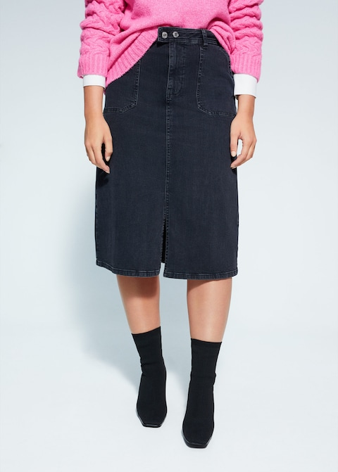 """If you take one thing from this roundup, it's that you must own a midi denim skirt this fall. <br> <br> <strong>Mango</strong> Plus-Size Midi Denim Skirt, $, available at <a href=""""https://go.skimresources.com/?id=30283X879131&url=https%3A%2F%2Fshop.mango.com%2Fus%2Fplus-size%2Fskirts-midi%2Fmidi-denim-skirt_67034003.html"""" rel=""""nofollow noopener"""" target=""""_blank"""" data-ylk=""""slk:Mango"""" class=""""link rapid-noclick-resp"""">Mango</a>"""