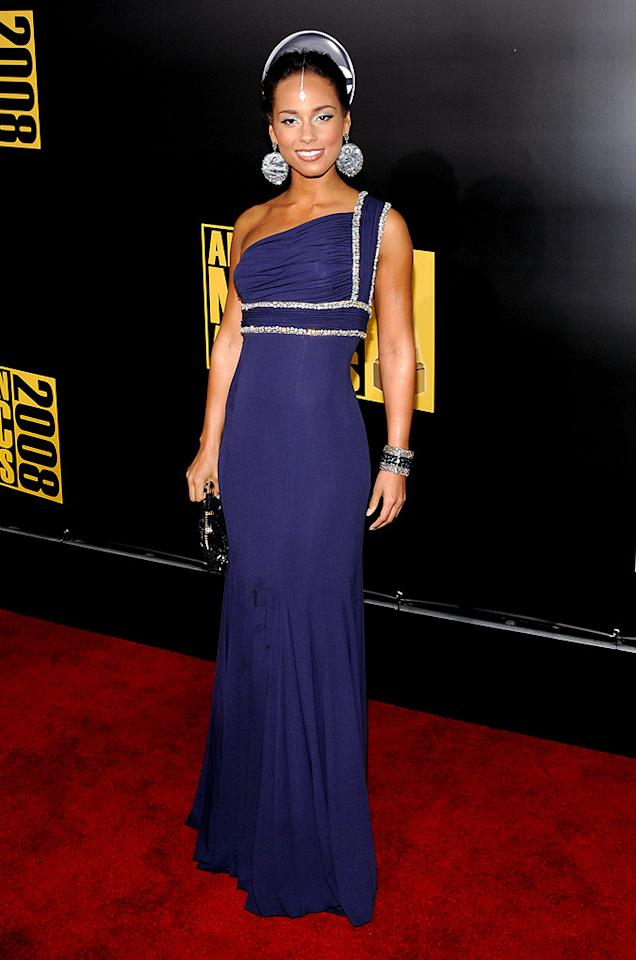 """Alicia Keys looked gorgeous as usual in her navy one-shoulder dress. The sultry songstress' bindi added an exotic touch. Kevin Mazur/<a href=""""http://www.wireimage.com"""" target=""""new"""">WireImage.com</a> - November 23, 2008"""