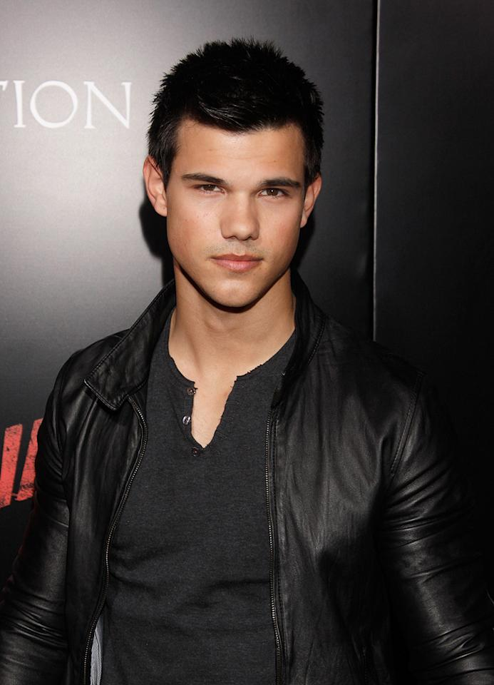 "<a href=""http://movies.yahoo.com/movie/contributor/1808598632"">Taylor Lautner</a> at the Los Angeles premiere of <a href=""http://movies.yahoo.com/movie/1810129048/info"">The Runaways</a> - 03/11/2010"
