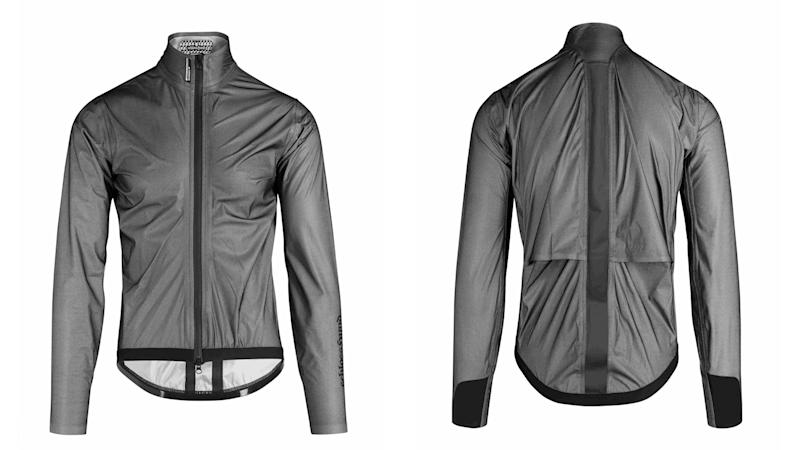 Waterproof cycling jacket: Assos