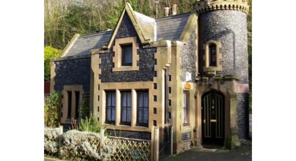 Dover Castle (Quirky Accommodation)