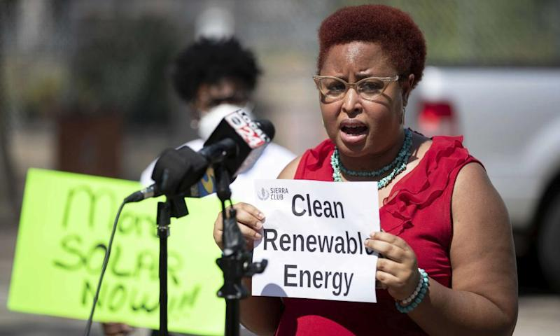Marquita Bradshaw speaks in front of city hall in downtown Memphis, Tennessee, on 7 July.