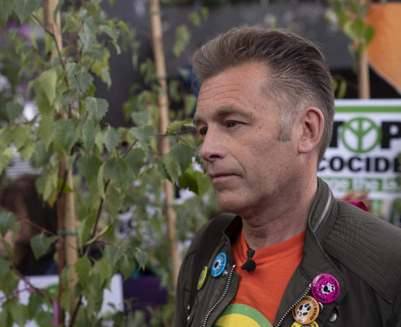Chris Packham joins protesters demonstrating against the HS2 high speed railway outside the HS2 headquarters in London. (Photo by Giles Anderson/PA Images via Getty Images)