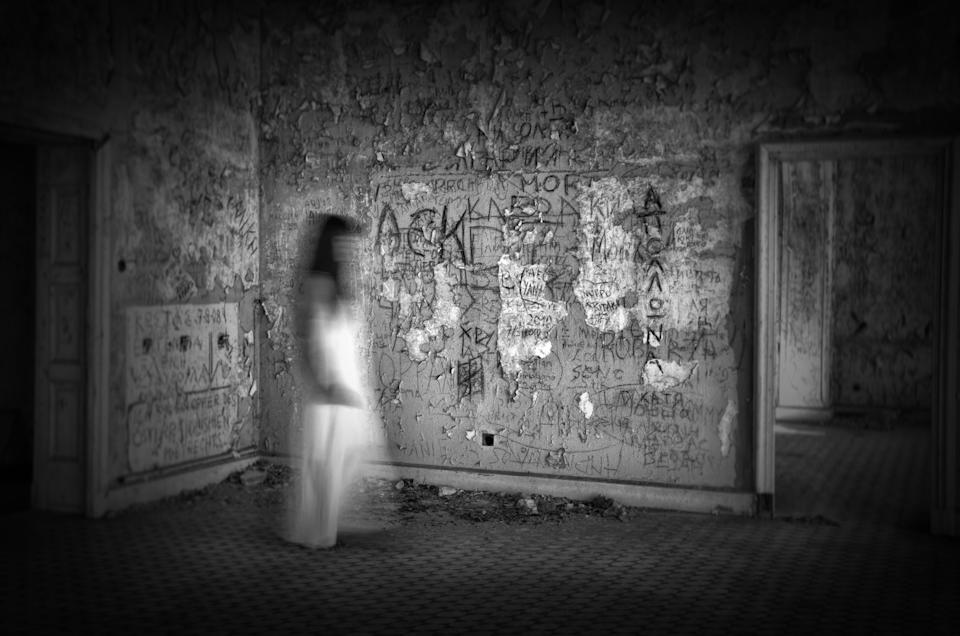 What you believe, going into a supposedly haunted situation, will dictate a lot, say experts. [Photo: Getty]