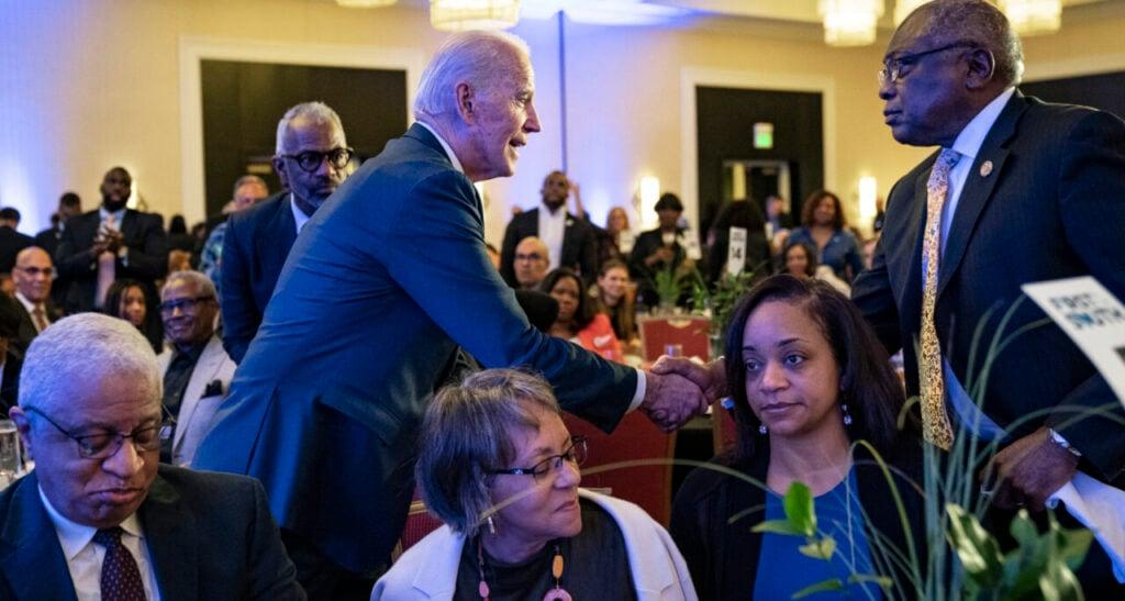 "(L-R) Democratic presidential candidate former Vice President Joe Biden shakes hands with Rep. James Clyburn (D-SC) as he leaves the South Carolina Democratic Party ""First in the South"" dinner on February 24, 2020 in Charleston, South Carolina. (Photo by Drew Angerer/Getty Images)"