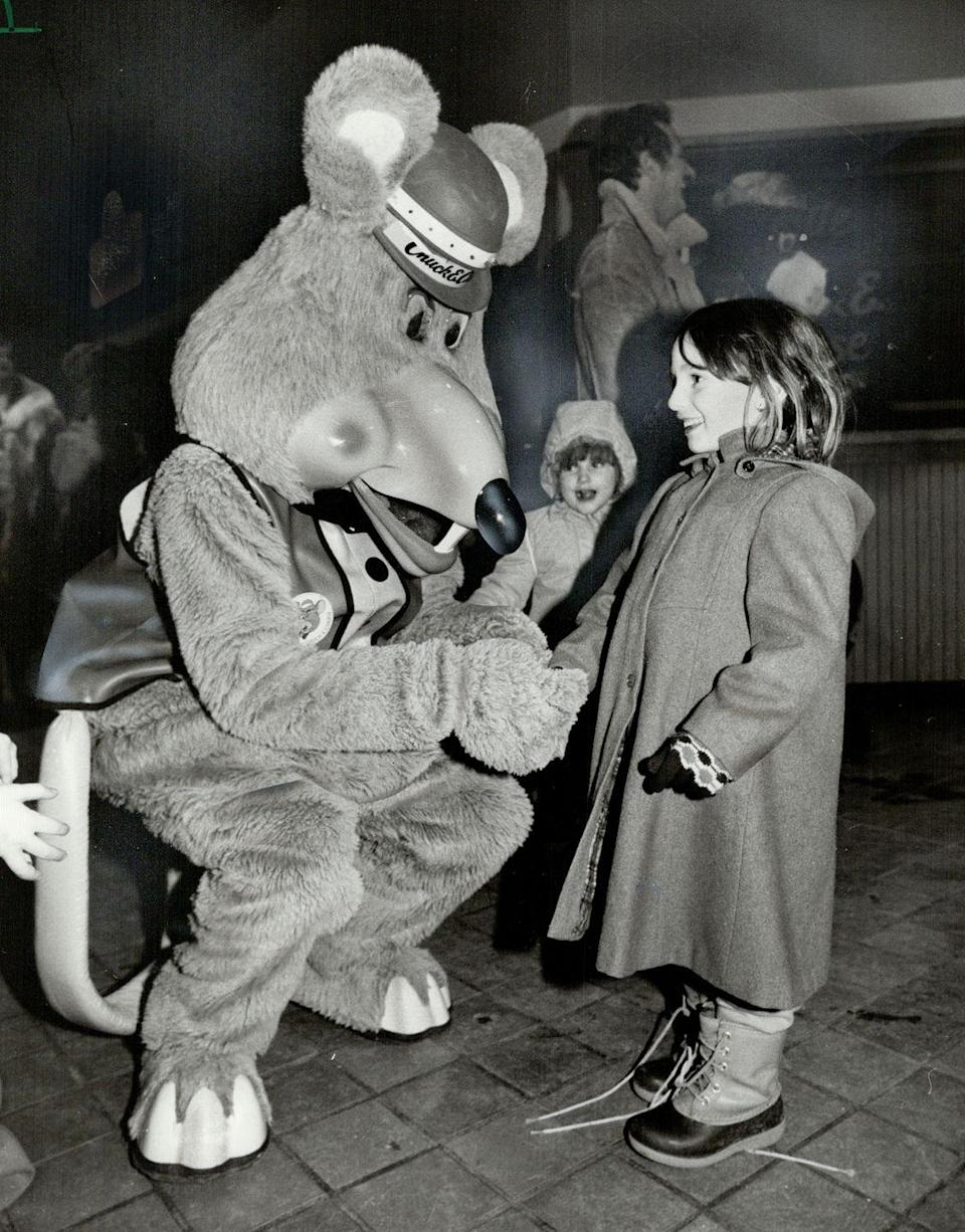 <p>The restaurant's mascot, whose full name was Charles Entertainment Cheese, was an instant hit with children. The original costume for Chuck E. Cheese was an old-fashioned vest and bowler hat. </p>