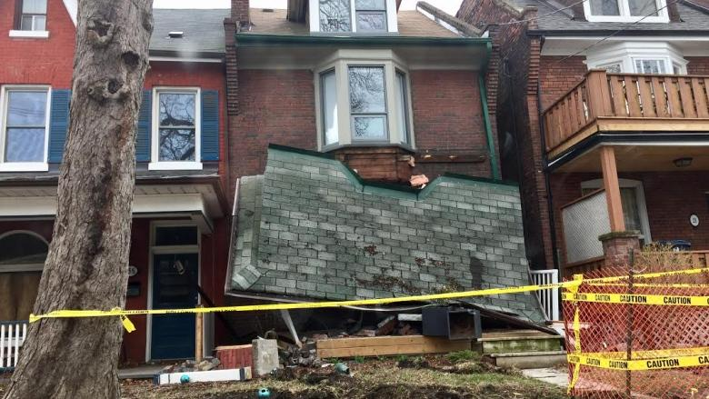 Car takes out porch of Parkdale home