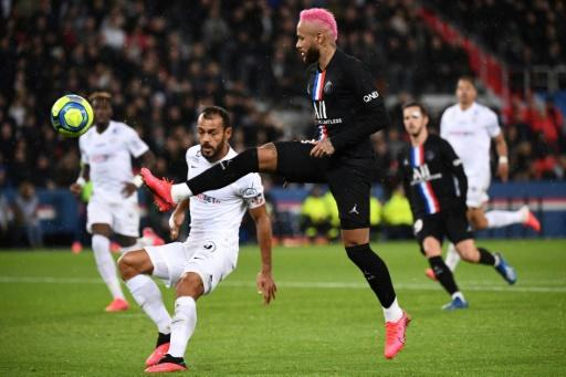 His hair dyed pink, Neymar helped inspire PSG to a 5-0 win over Montpellier on Saturday