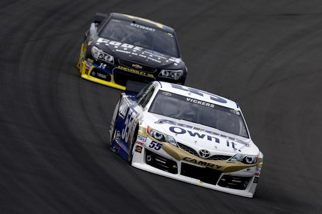 Twelve car crash hurts the Chase chances of Menard, Stewart and Vickers