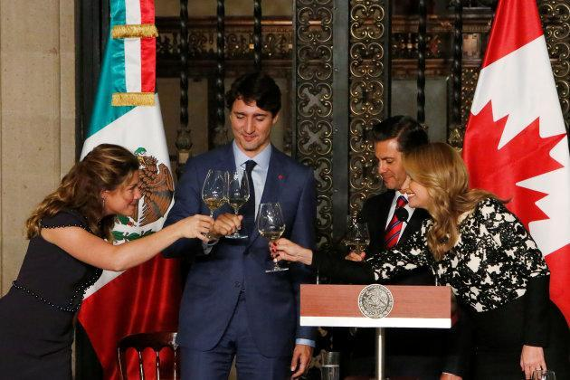 Sophie Gregoire Trudeau, Prime Minister Justin Trudeau, Mexican President Enrique Pena Nieto and Mexico's first lady Angelica Rivera make a toast during a dinner ceremony at the presidential palace in Mexico City, Mexico on Oct. 12, 2017.