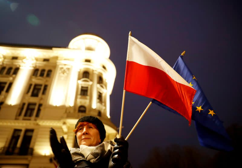 Poland accuses Brussels of double standards in judiciary row
