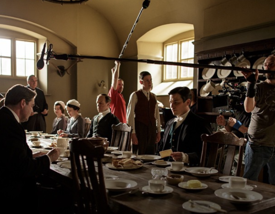 <p>The quarters at Highclere Castle weren't in good enough condition to film in, so the kitchen and servant's bedroom scenes were filmed in a London studio. </p>