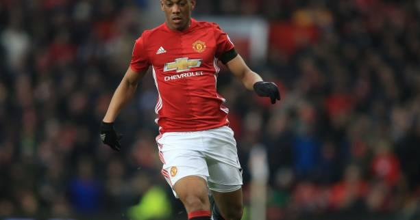 Foot - ANG - MU - Anthony Martial titulaire dans le derby de Manchester