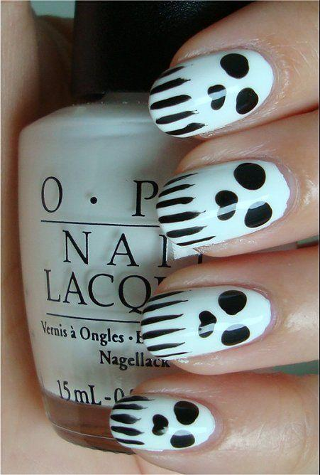 "<p>Who would've guessed that skulls could be so cute? And if you've got a thin paint brush, they're surprisingly easy to accomplish. Don't forget a layer of clear topcoat at the end!</p><p><em><a href=""http://www.swatchandlearn.com/nail-art-tutorial-skull-nails/#more-20269"" rel=""nofollow noopener"" target=""_blank"" data-ylk=""slk:Get the tutorial at Swatch and Learn »"" class=""link rapid-noclick-resp"">Get the tutorial at Swatch and Learn »</a></em><br></p>"