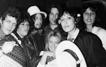 <p>David Blue, Lainie Kazan, Bob Dylan, Robert De Niro, Sally Kirkland, Ronee Blakley, and Martine Getty backstage at the Roxy for Ronee Blakley's concert on August 18, 1976 in Los Angeles, California.</p>