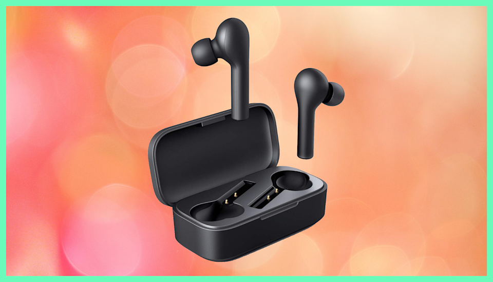 Save 60 percent on these Aukey True Wireless Earbuds. (Photo: Amazon)