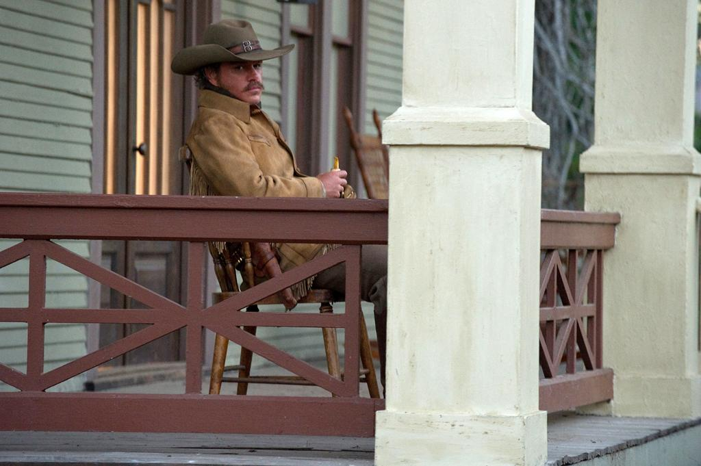 "<a href=""http://movies.yahoo.com/movie/contributor/1800020155"">Matt Damon</a> in Paramount Pictures' <a href=""http://movies.yahoo.com/movie/1810153253/info"">True Grit</a> - 2010"