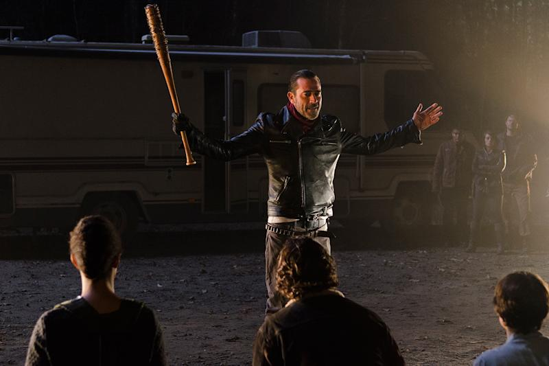 On the eve of 7th season premiere, AMC reanimates 'The Walking Dead' for an 8th