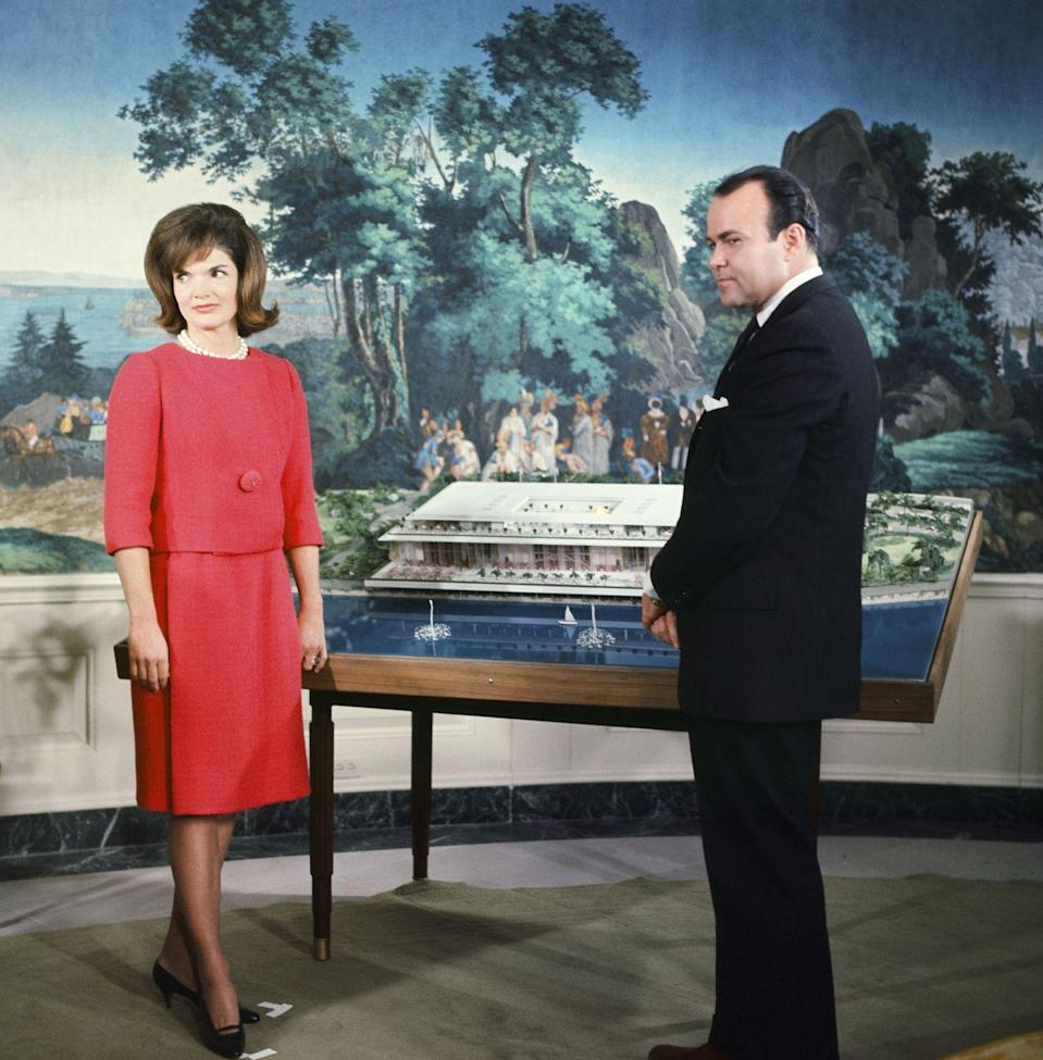 <p>Jackie Kennedy hosts NBC News at the White House to discuss the original plans of the Kennedy Center (formerly known as the National Cultural Center). </p>